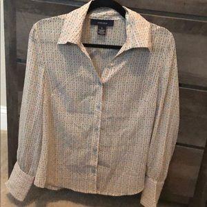 Jones wear blouse